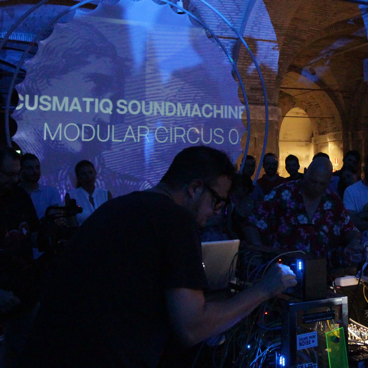 ASMOC 05 – Acusmatiq Soundmachines Modular Circus